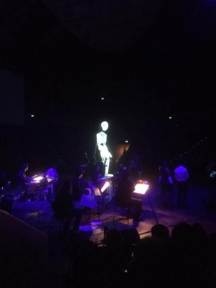 Pianolas und DunDun im Audimax